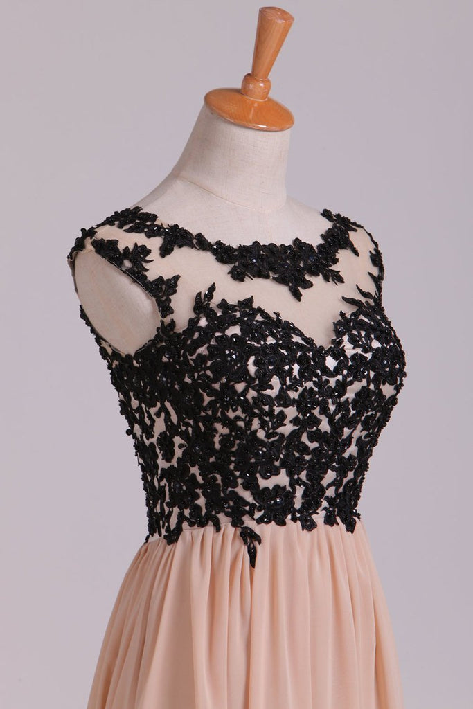 2019 Two-Tone Prom Dresses Scoop A-Line Chiffon With Black Applique New