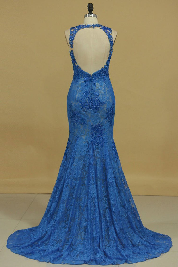 Mermaid Scoop Open Back Prom Dresses With Beads And Applique Lace