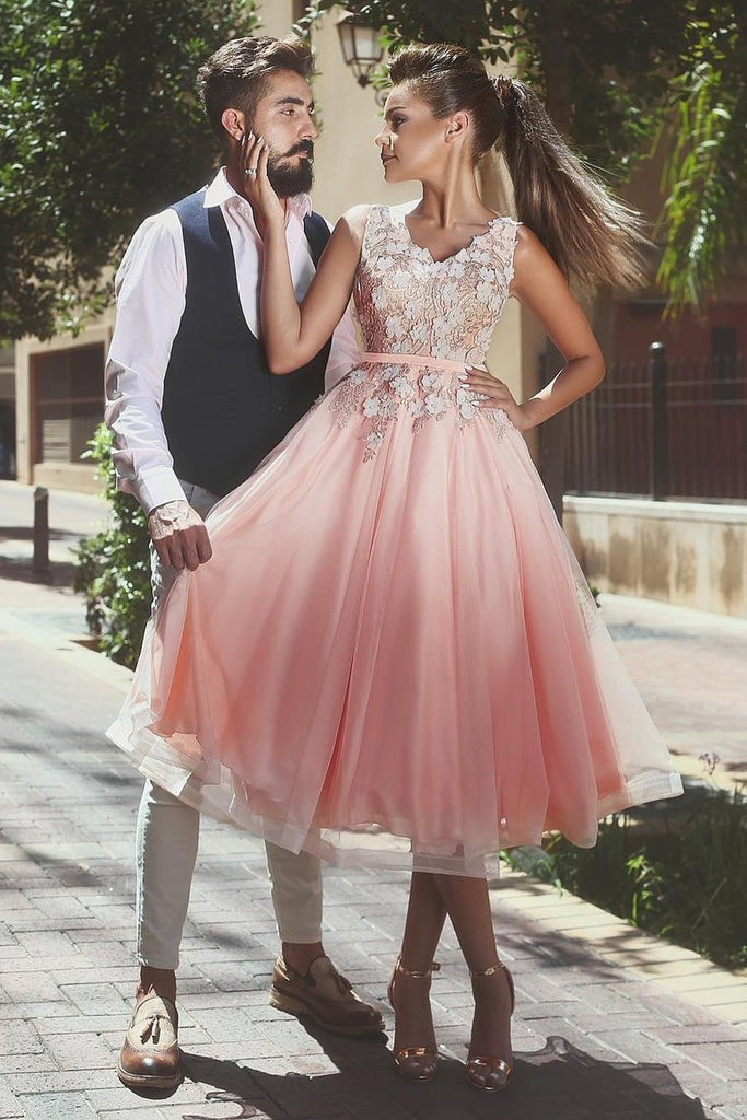 2019 V Neck A Line Prom Dresses Tulle With Applique And Handmade Flower