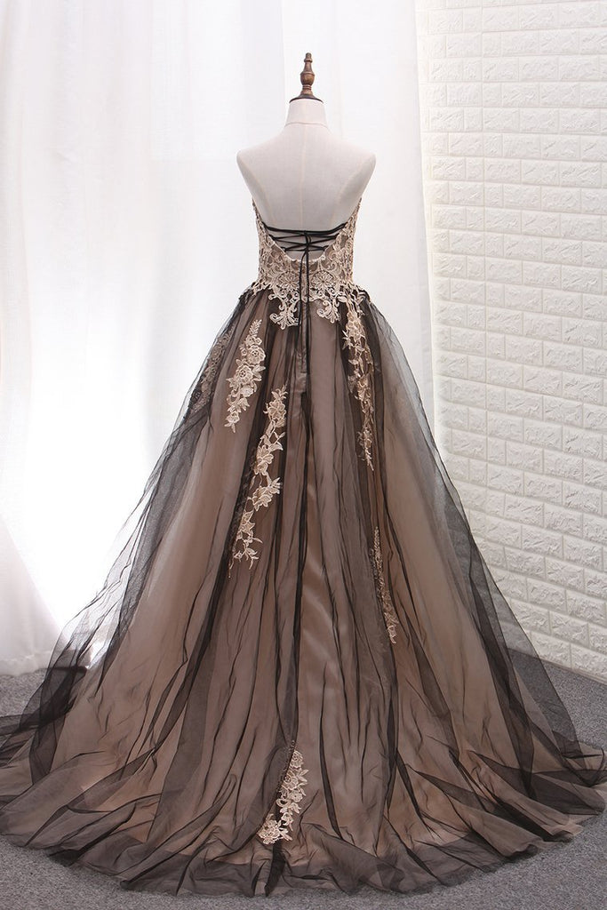 2019 Tulle Prom Dresses A Line Sweetheart With Applique Sweep Train