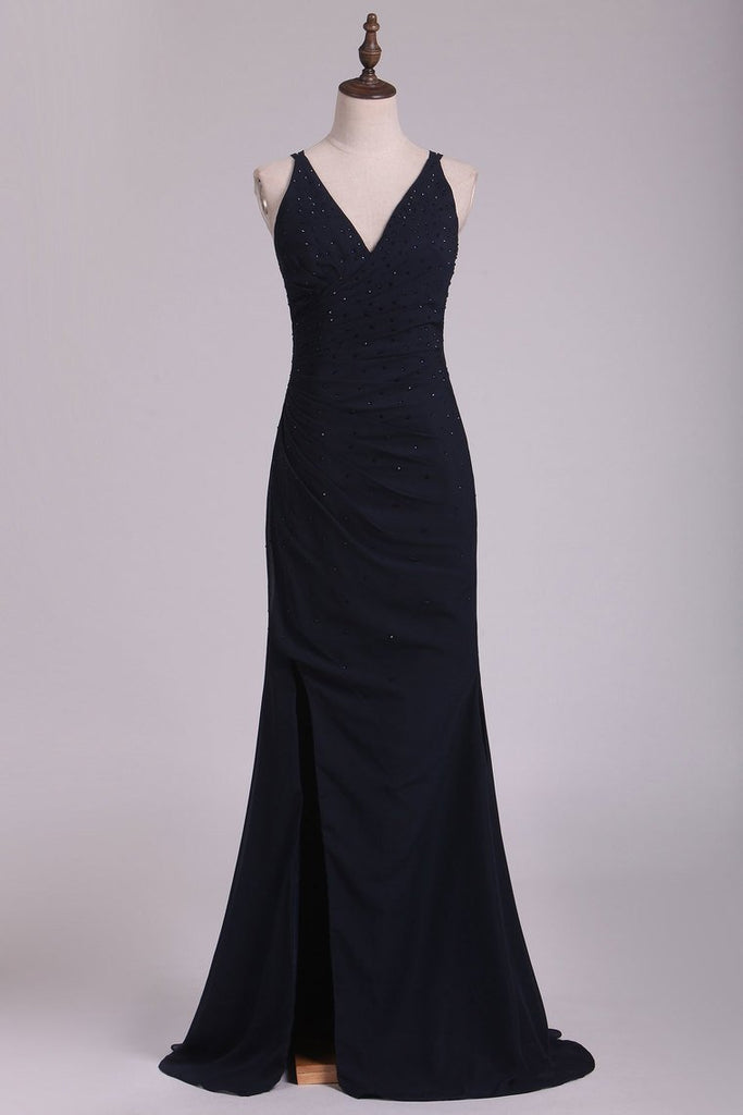 2019 Dark Navy Spaghetti Straps Sheath Chiffon With Beading Evening Dresses