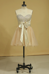 Plus Size Homecoming Dresses A Line Short/Mini Sweetheart With Beads And Bow Knot