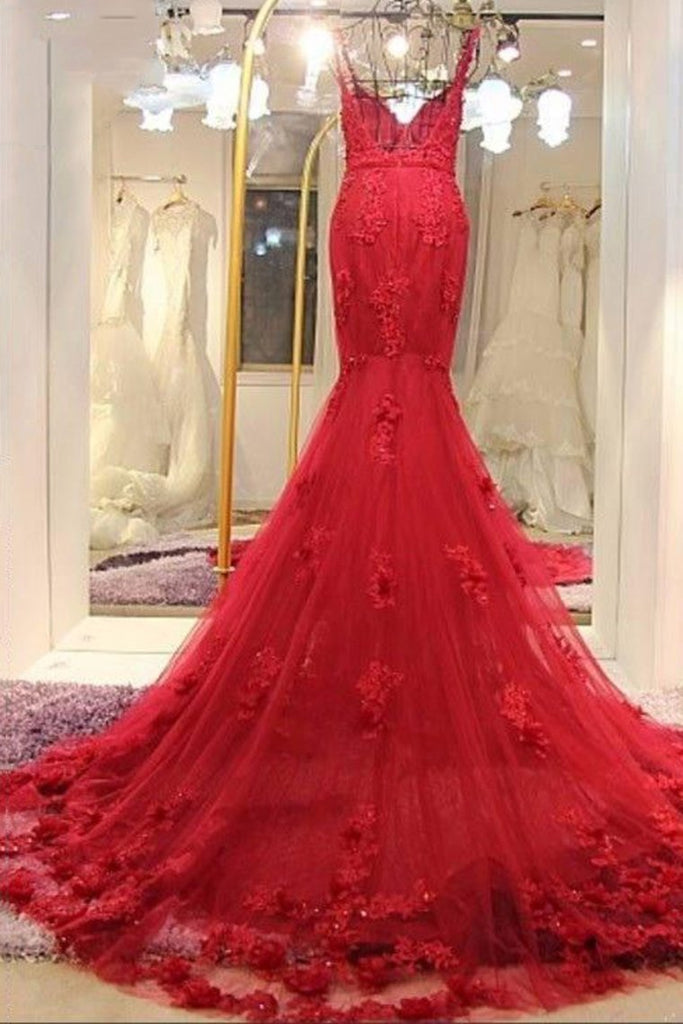 2019 Spaghetti Straps Tulle Mermaid Prom Dresses With Applique Sweep Train