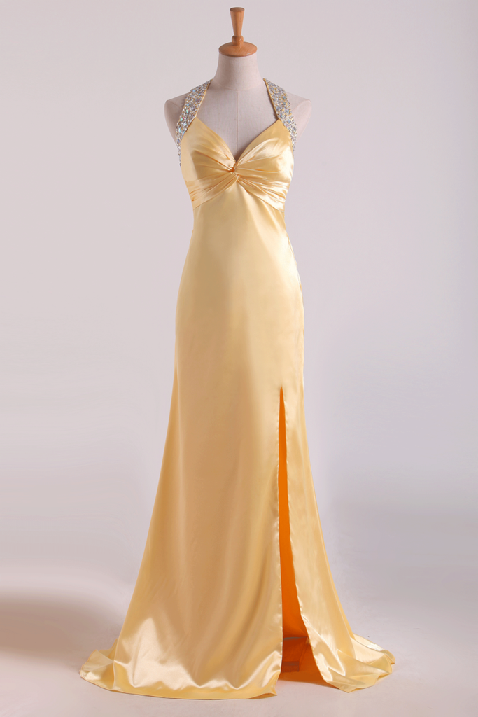 Shining Evening Dresses Halter Beading/Sequins Sheath Floor Length