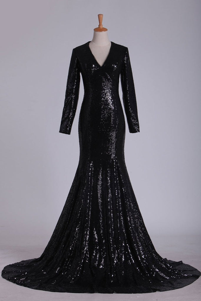 2019 Prom Dresses V Neck Long Sleeves Sequins Sweep Train Black