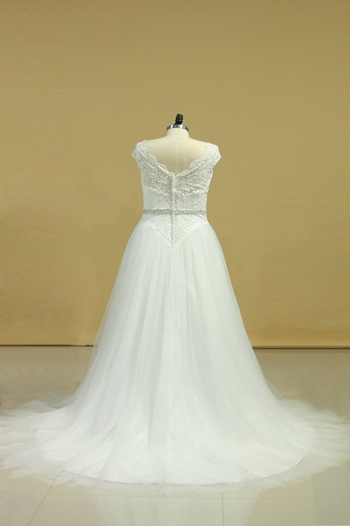 2019 Plus Size  Wedding Dresses A-Line Bateau Court Train V-Back Tulle