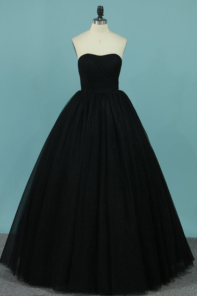 2019 New Arrival Tulle Prom Dresses Strapless A Line With Ruffles