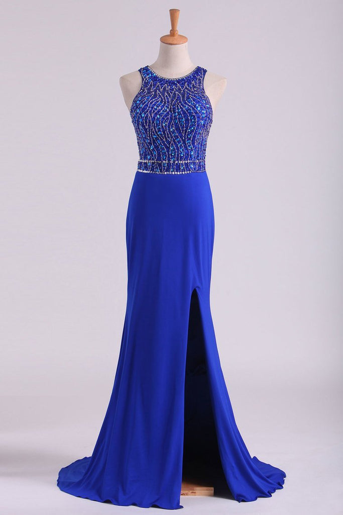 2021 Open Back Prom Dresses Scoop Spandex With Beading And Slit Sweep Train