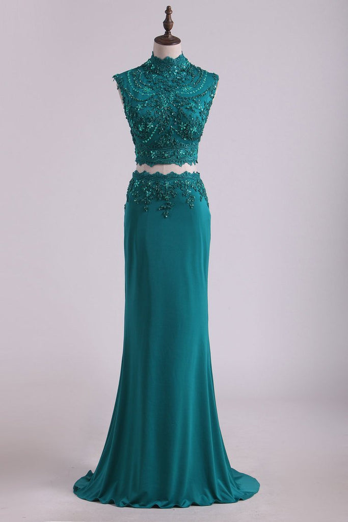 2019 Two Pieces High Neck Sheath Prom Dresses With Applique And Beads