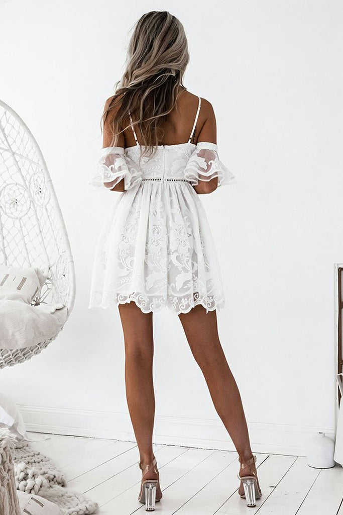 A-Line Spaghetti Straps Short White Lace Sleeveless Homecoming Dress with Ruffles SSM298