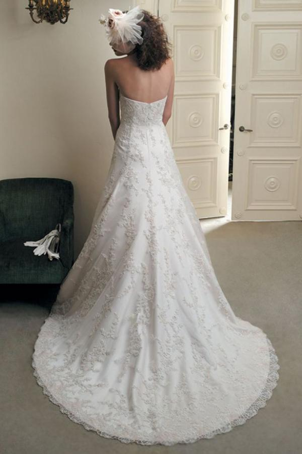 Elegant A Line Ivory Lace Appliques Sweetheart Strapless Sleeveless Long Wedding Dresses JS857