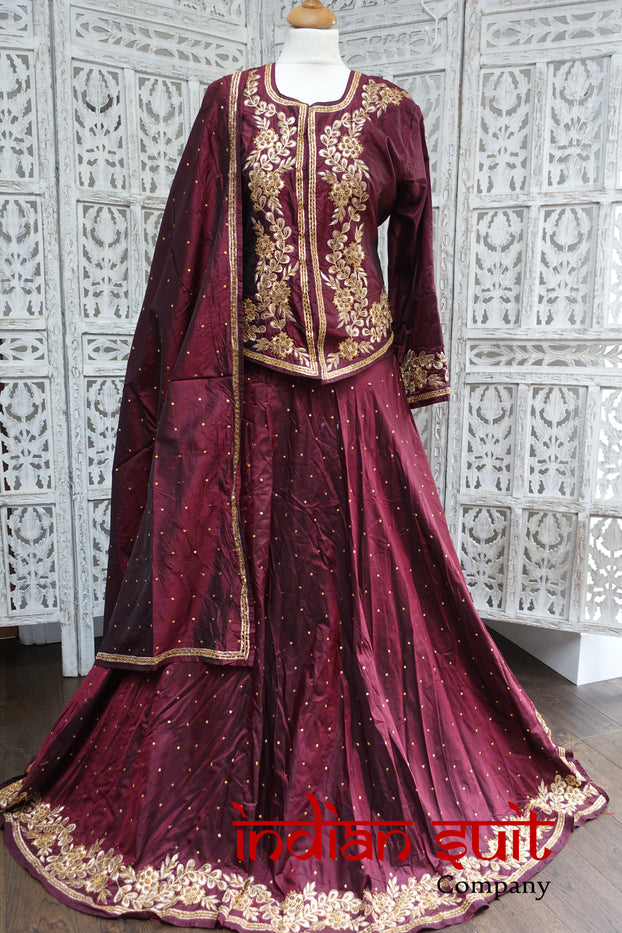 Maroon Vintage Pure Silk Lengha UK 12 / EU 38 - New - Indian Suit Company