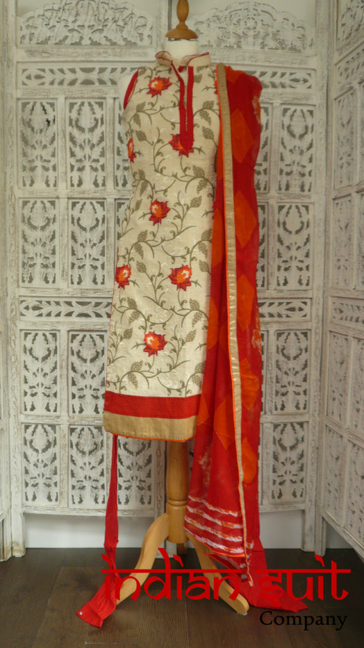 Cream & Floral Embroidered Churidaar Suit - - UK 6 / EU 32 - Preloved - Indian Suit Company