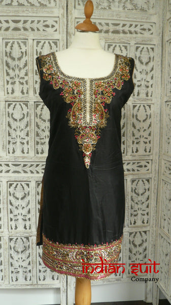 Black silk embellished tunic - UK Size 8 / EU Size 34 - Preloved