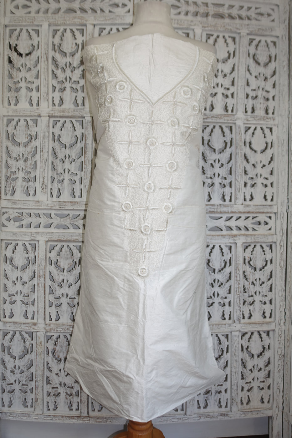 Off White Raw Silk Vintage Embroidered Kameez - New - Indian Suit Company