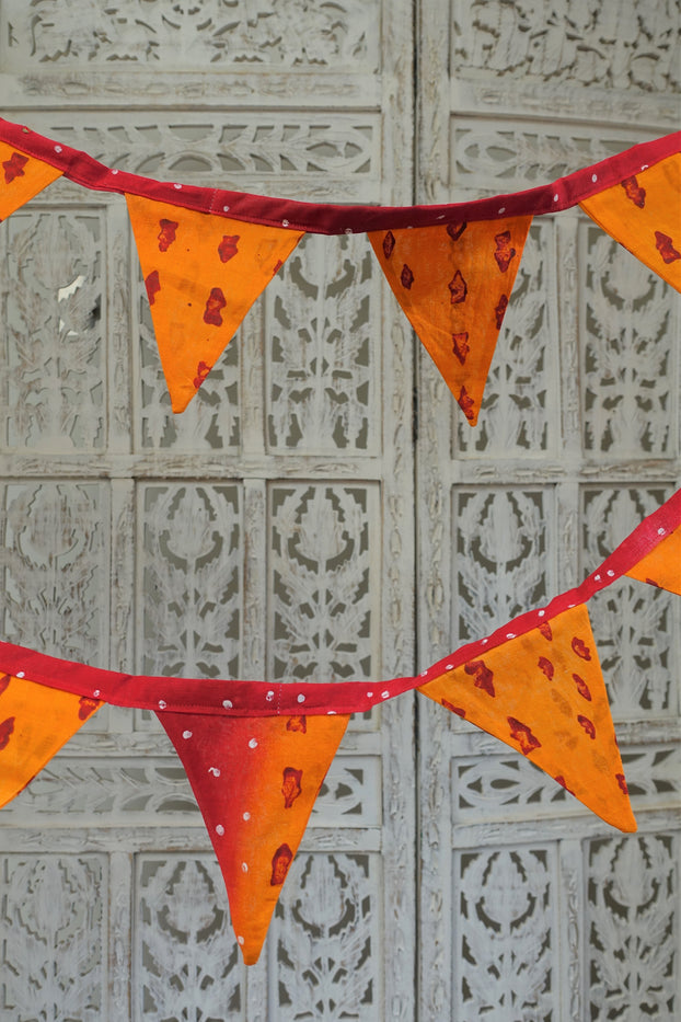 Saffron cotton printed bunting - 4.5 metres - Indian Suit Company
