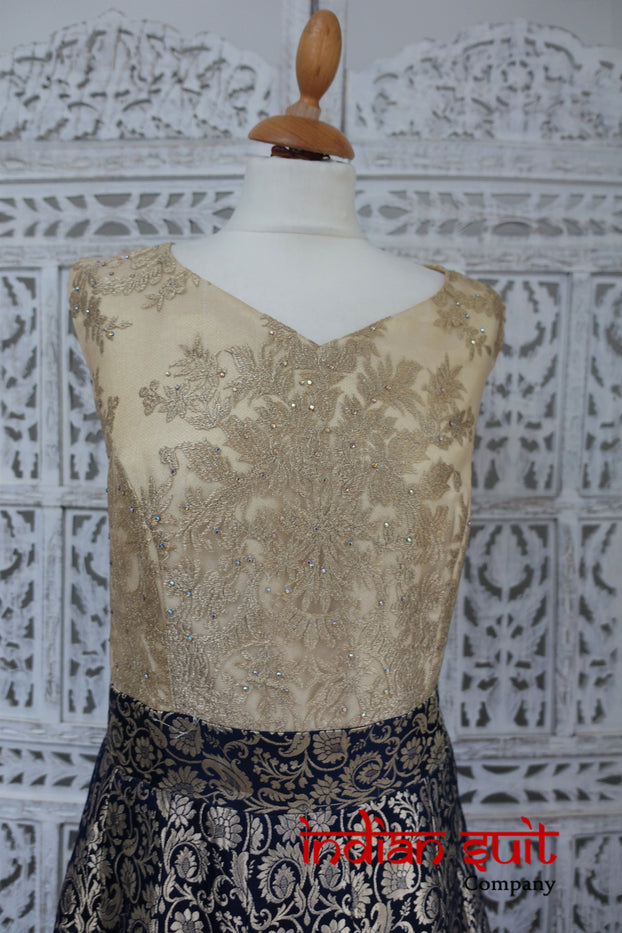 Navy & Cream Blue Indian Banarsi Brocade Gown UK / 20 EU 46 - Preloved - Indian Suit Company