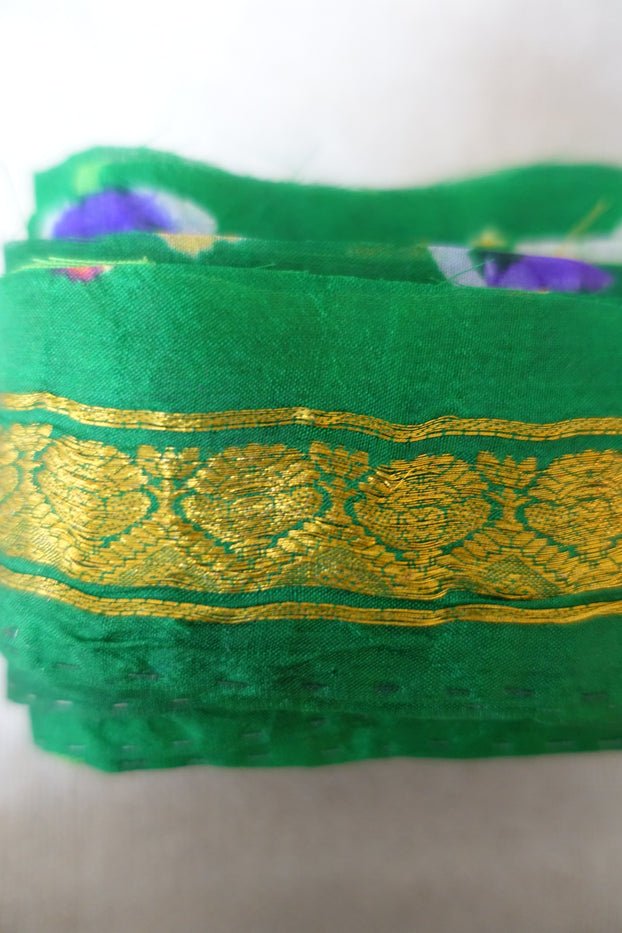 Green Vintage Silk With Gold Thread Sari Border - Indian Suit Company