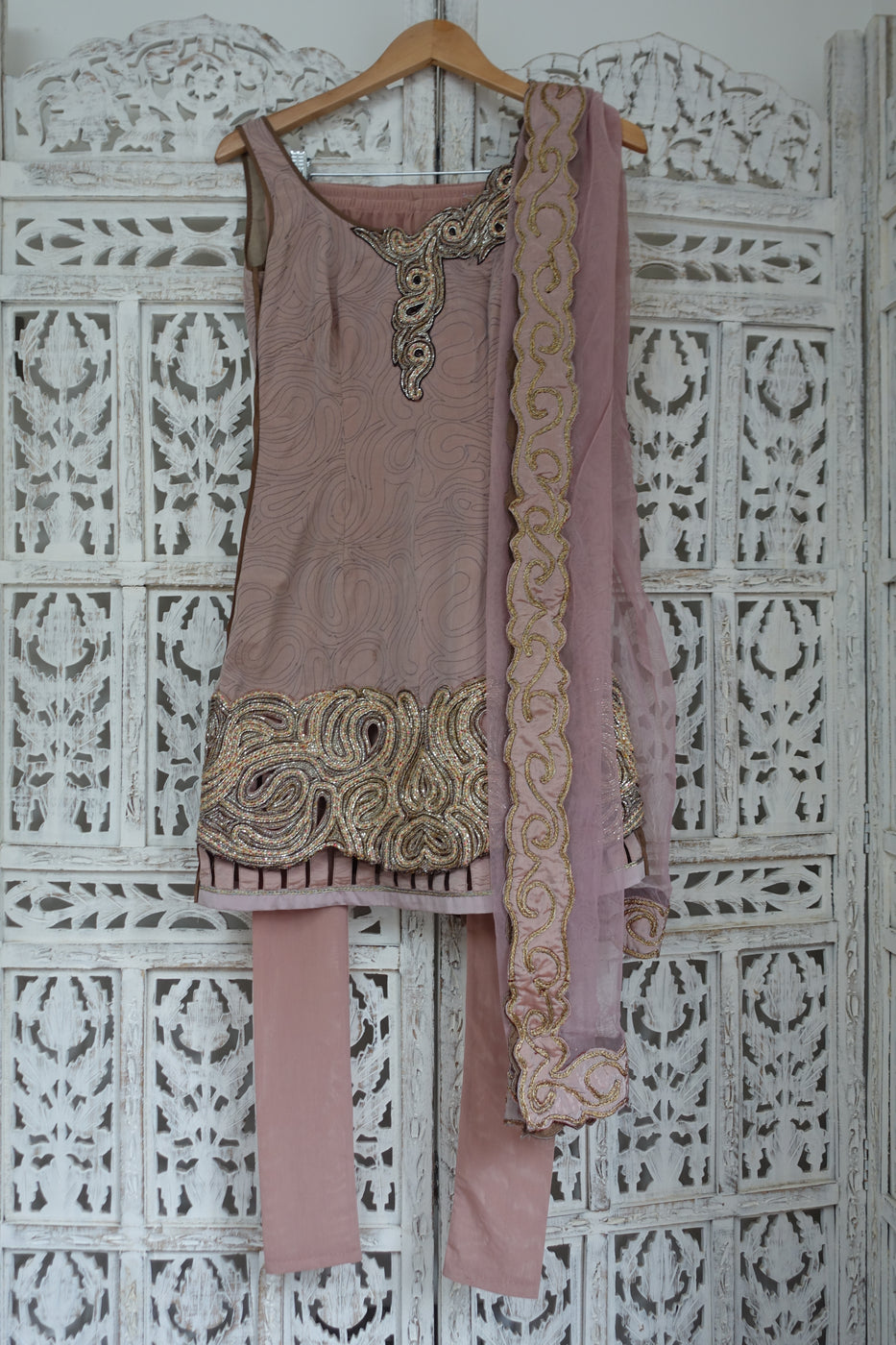 Blush Designer Churidaar Suit - UK 4 / EU 30 - Preloved - Indian Suit Company