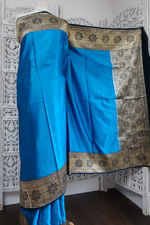 Blue Sateen Silk Vintage Sari - Preloved - Indian Suit Company