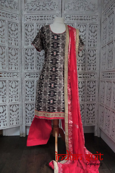 Black & Coral Mirror Work Salwar Kameez UK 22 / EU 48 - Preloved - Indian Suit Company