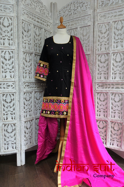 Black & Pink Mirror Salwar Kameez - UK 8  / EU 34,  - Preloved - Indian Suit Company