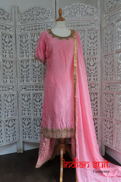 Baby Pink Silk Salwar Kameez Size UK 18 / EU 44 - Preloved - Indian Suit Company
