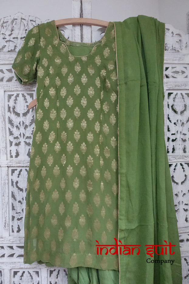 Green Banarsi Salwar Kameez - UK Size 8 / EU 34 - Preloved - Indian Suit Company