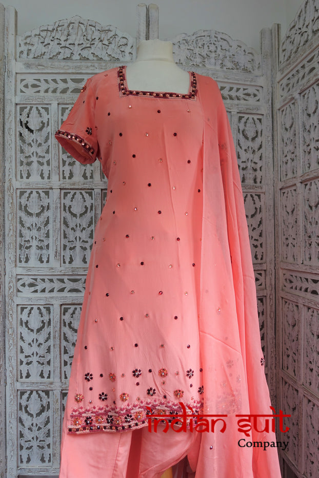Peach Indian Salwar Kameez UK 14 / EU 40 - Preloved - Indian Suit Company