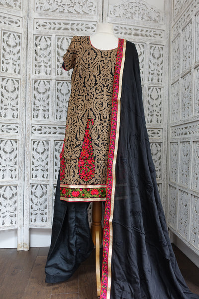 Black Silk Salwar Kameez - UK 14 / EU 40 - Preloved - Indian Suit Company