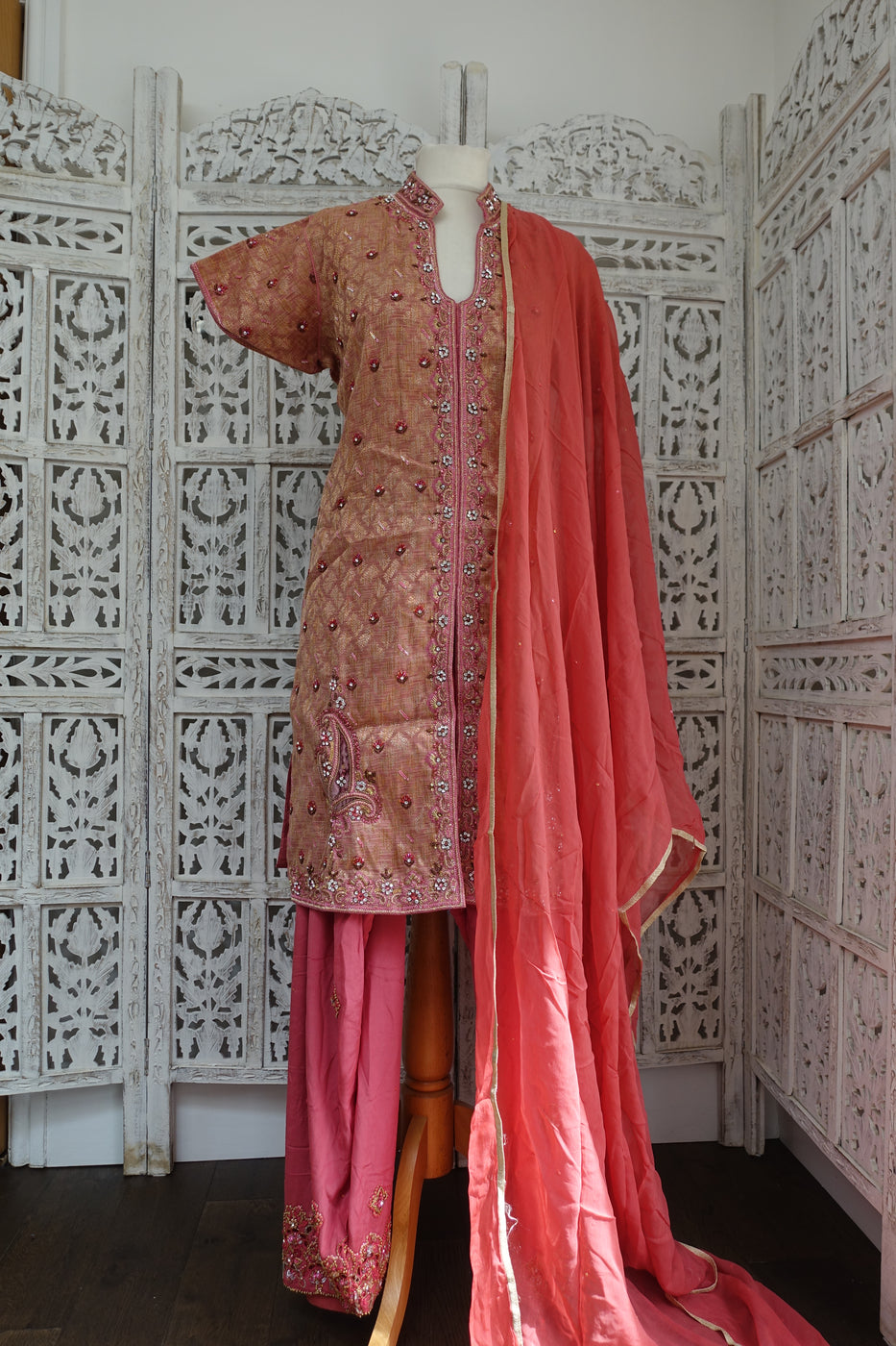 Dusky Pink Silk Salwar Kameez - UK 18 / EU 44 - New - Indian Suit Company