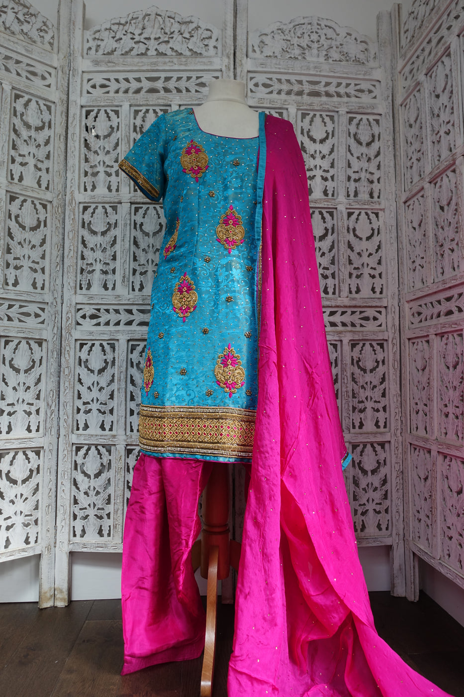 Blue & Pink Salwar Kameez - UK 16 / EU 42 - Preloved - Indian Suit Company