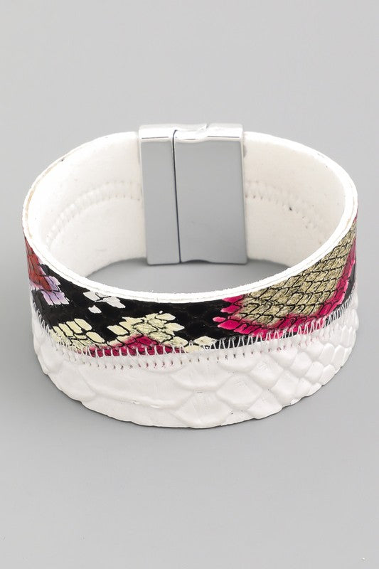 Magnetic White multi bracelet