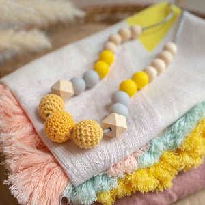 Evelyn Teething Necklace Set