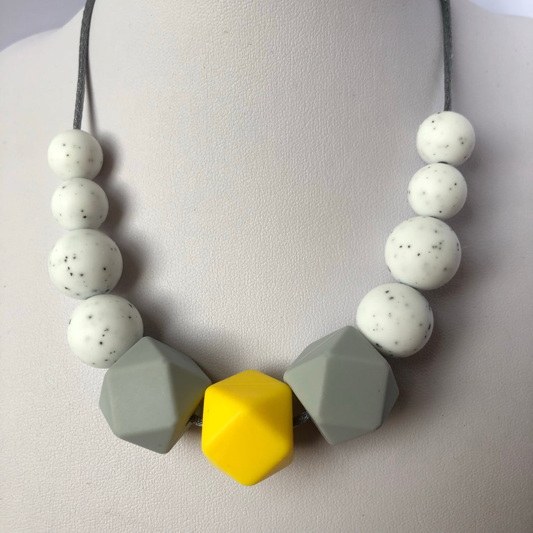 Lily Teething Necklace - Yellow-Necklace-Chewie Cat-Chewie Cat