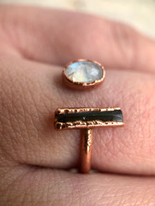MOONSTONE & TOURMALINE ADJUSTABLE COPPER RING