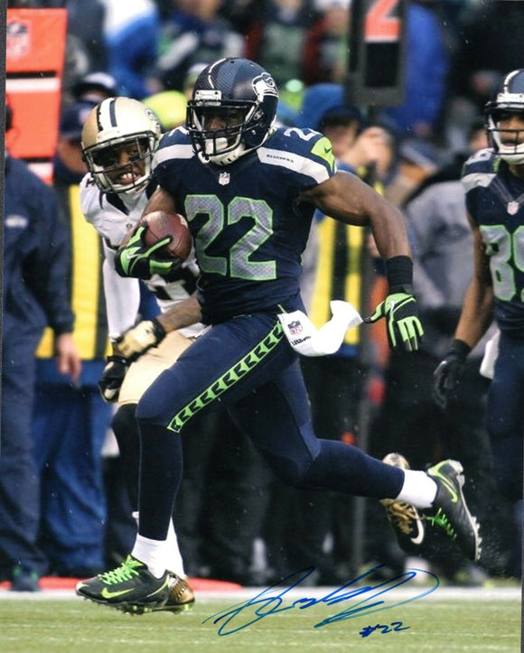 Robert Turbin Seattle Seahawks Signed 8x10 Photo #1  *FREE SHIPPING*