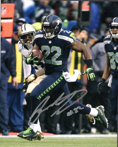 Robert Turbin Seattle Seahawks Signed 8x10 Photo #4  *FREE SHIPPING*