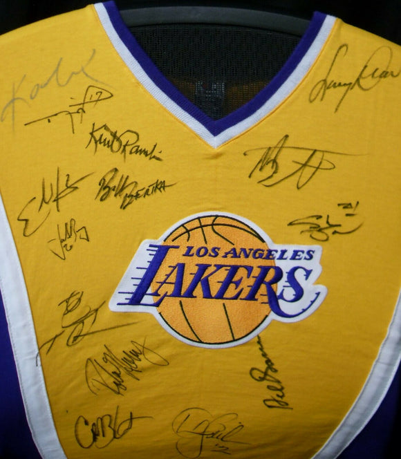 Kobe Bryant JSA Lakers 1997-98 Team Signed Autographed Jersey - Shooting Shirt