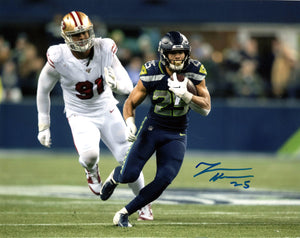 Travis Homer Signed 8x10 Photograph #2 *FREE SHIPPING