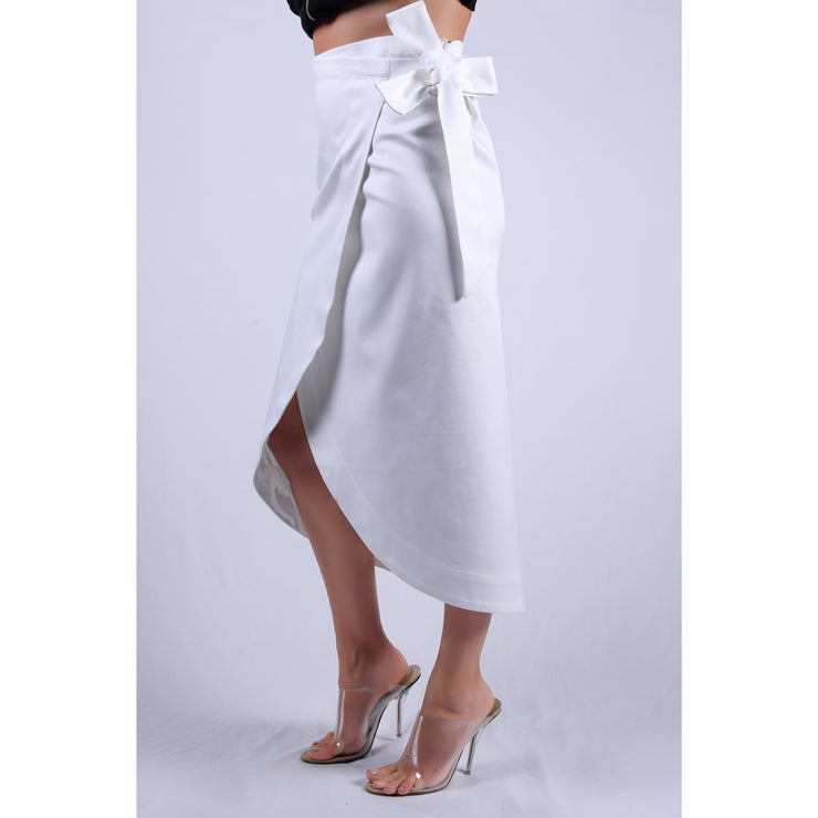Side View Of Cruise White Double Fold Skirt