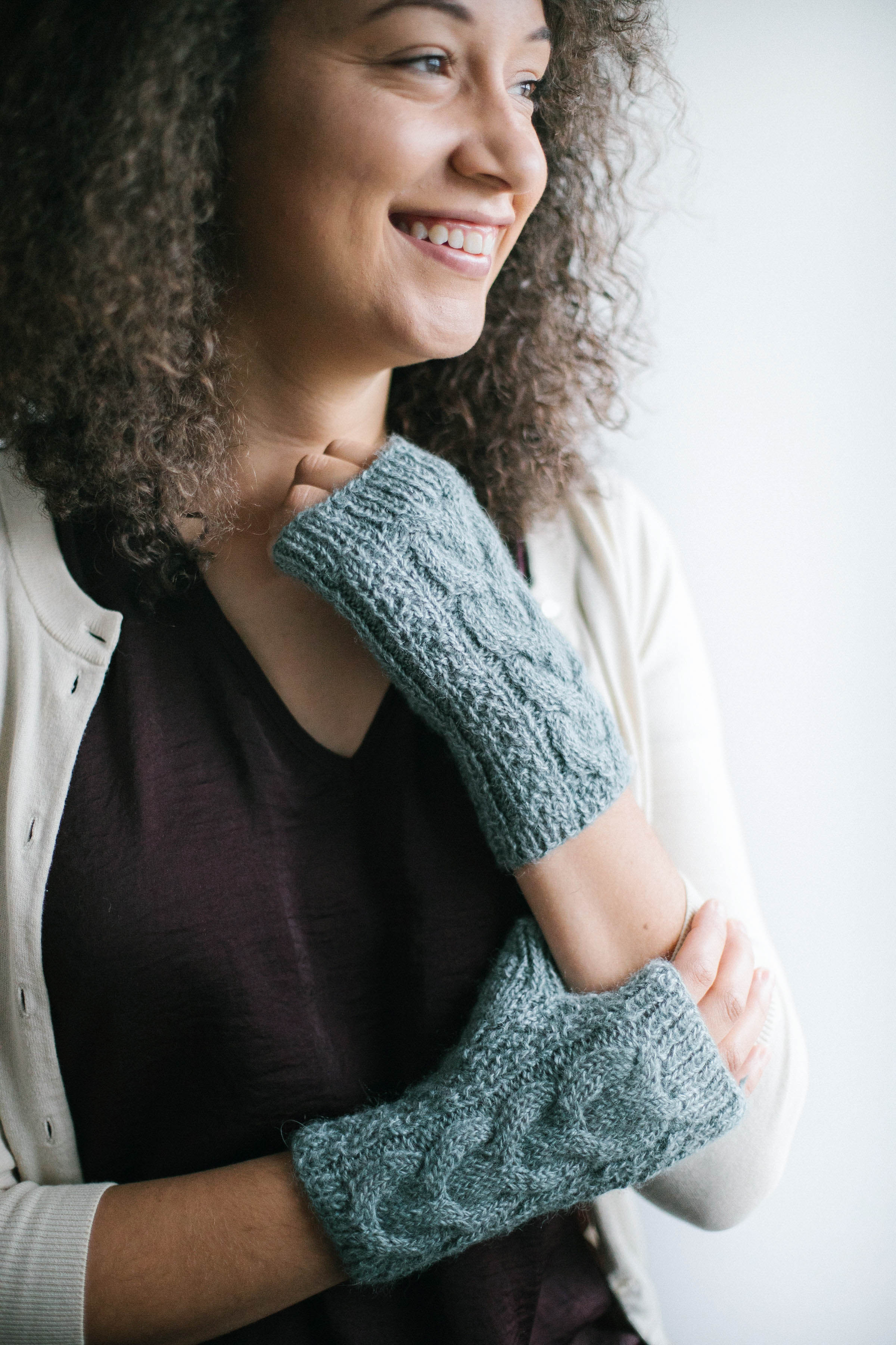 Cabled Fingerless Mitts - Salt River Mills