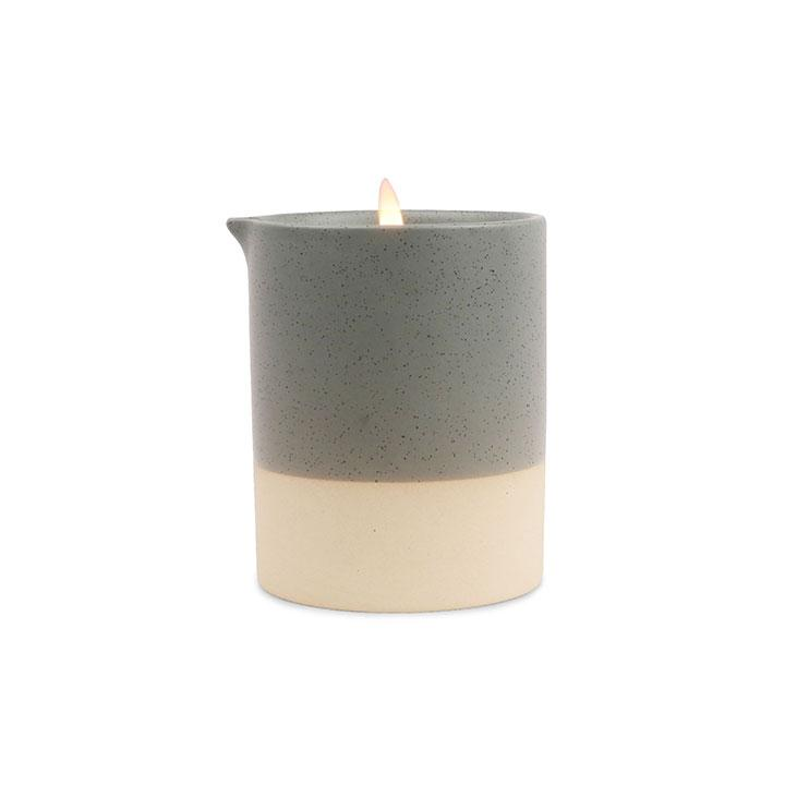 CEDARWOOD AND MOSS POTTERY CANDLE