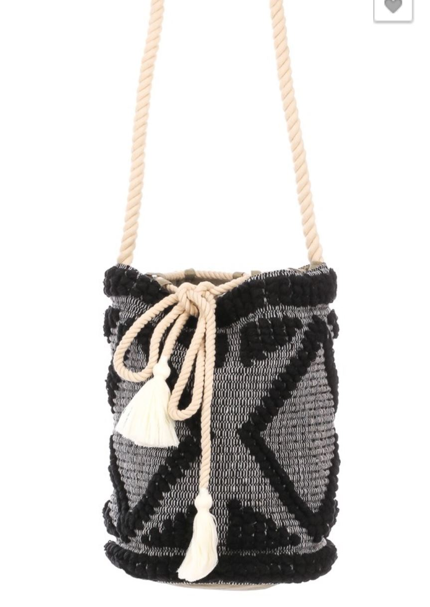 Piper-Macrame Bucket Bag with Tassels