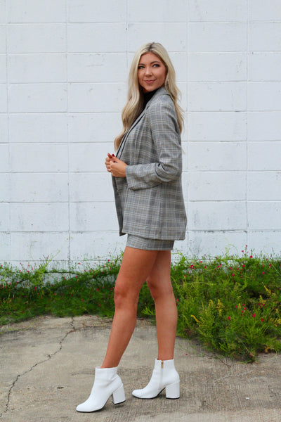 Show 'Em Who's Boss Plaid Blazer