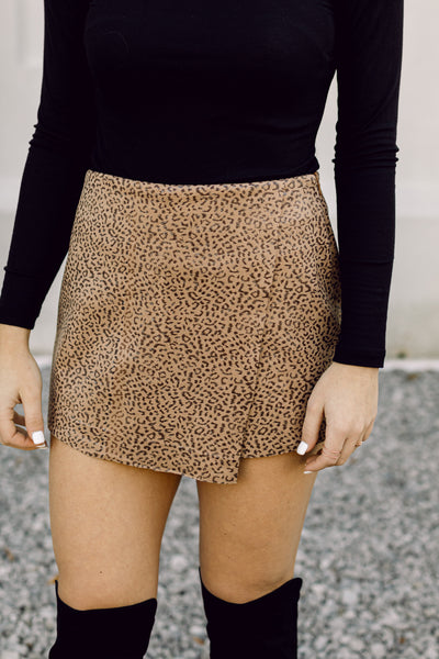 On The Prowl Leopard Skort- Brown
