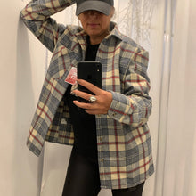 Load image into Gallery viewer, Tartan flannel shirt - camisa flanela