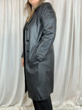 Load image into Gallery viewer, VINTAGE trech coat LONG • casaco