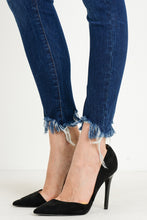 Load image into Gallery viewer, Fringe Distressed Skinnys