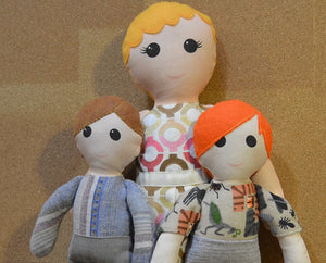 Custom Doll Family: 1 Adult + Kids